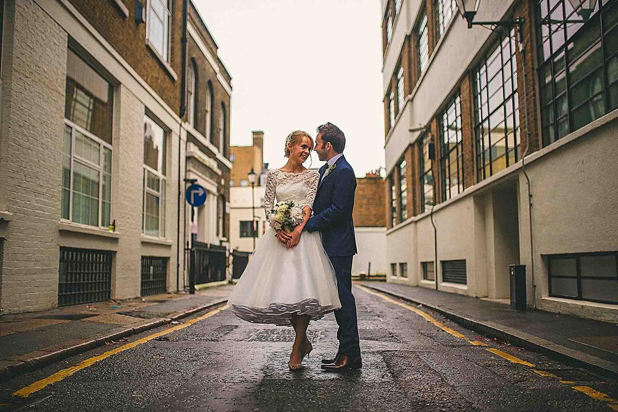 London Urban Street Wedding Photo
