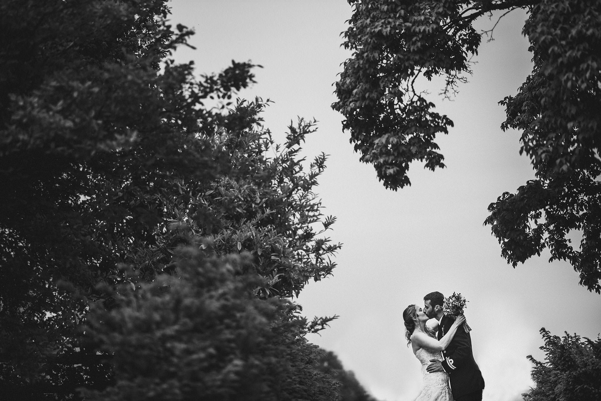 Elmore-Court-Wedding-Photos--13