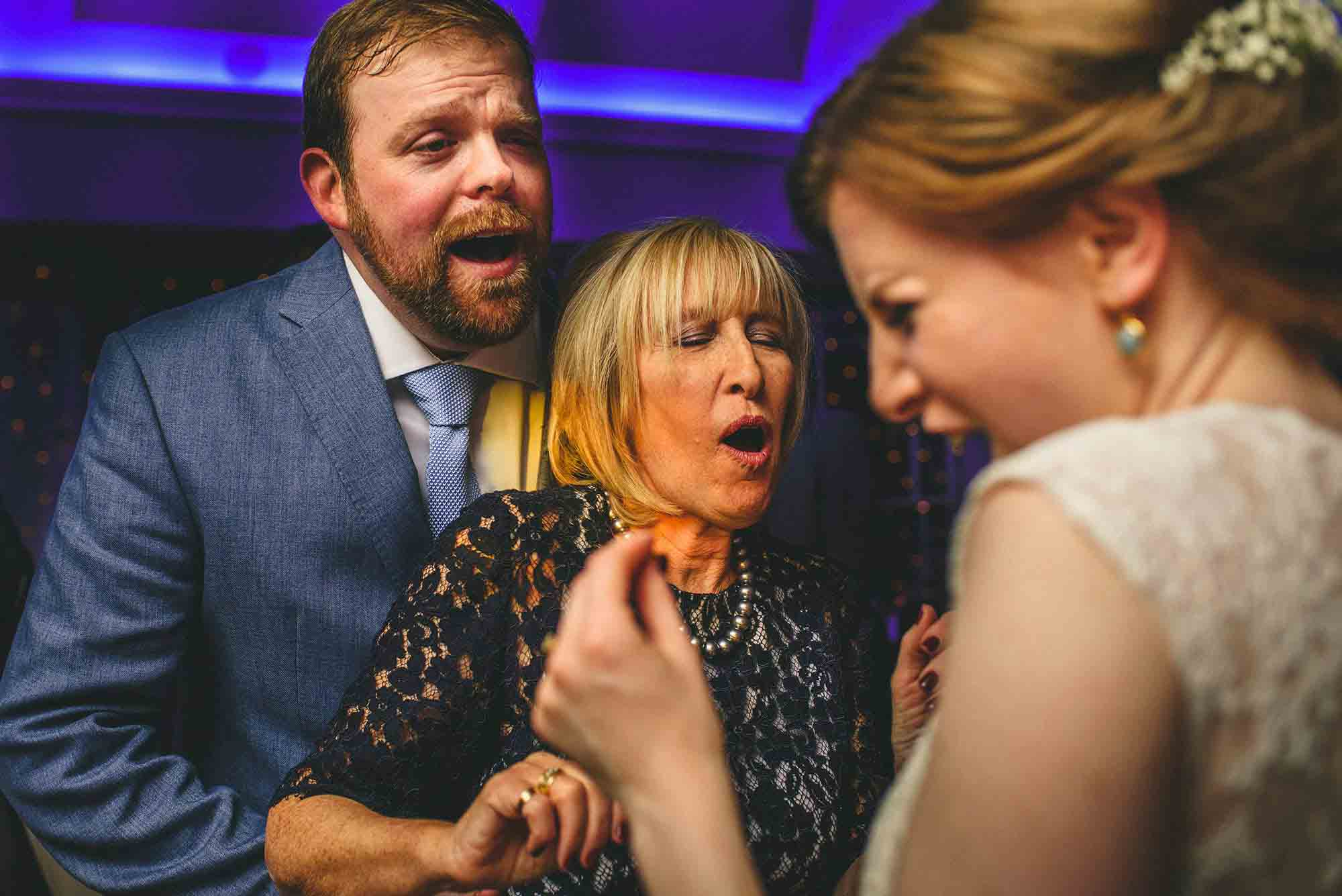 Pembroke Lodge Wedding Photos 32 of