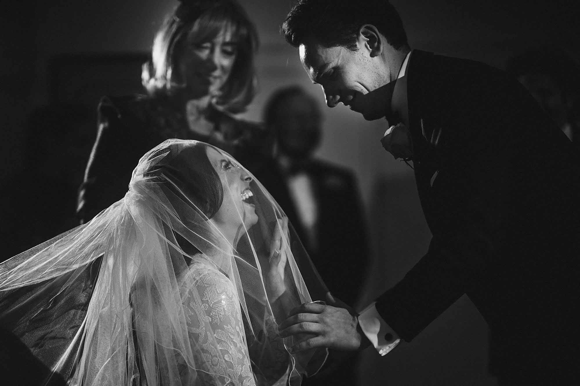 Modern Jewish Wedding Photos 12